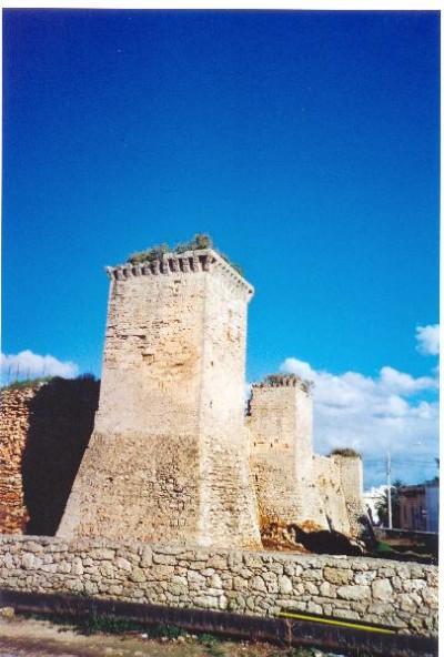 Castello_di_Tutino_del_500_1_bd701eb939afeb73f862983647597a5e